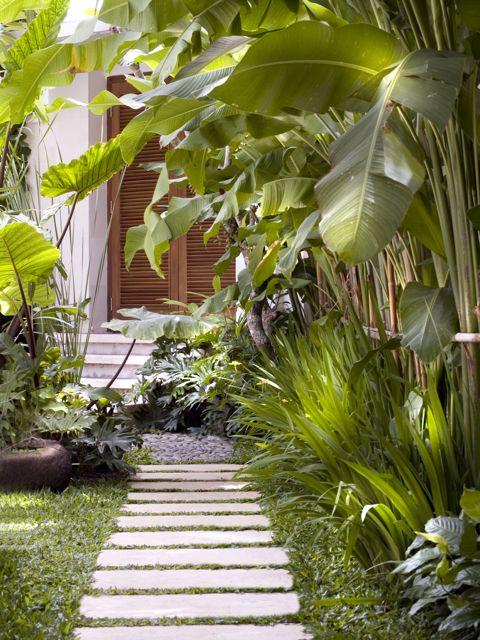 2 bedroom villa path
