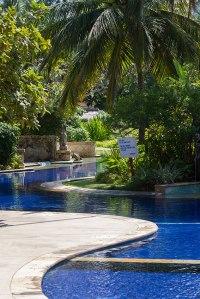Curvy Pool of Pool Villa Club Senggigi